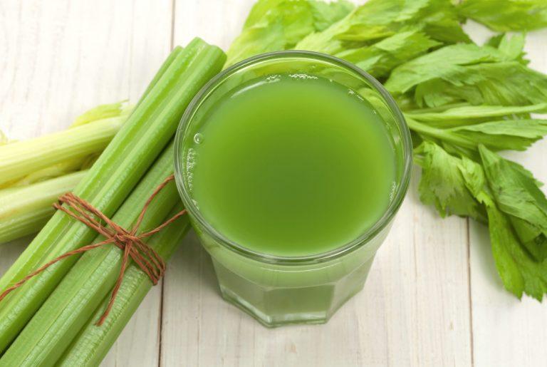 Сок для похудения с сельдереем